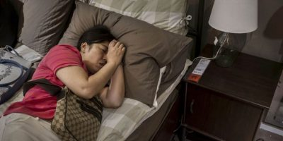 Y Luna también hace eso. Te cuida mientras duermes. Foto:Getty Images