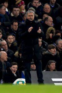 Así vive Mourinho los partidos Foto:Getty