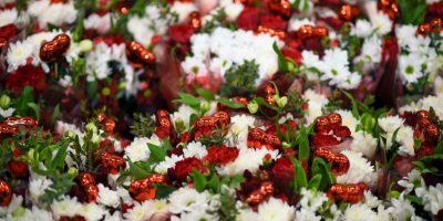 Los preparativos en el Mercado de Flores de Escocia Foto:Getty Images