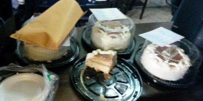 Diputado regala pasteles por su cumpleaños