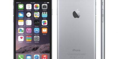Cuenta con una pantalla de 5.5 pulgadas, sistema operativo iOS 8, versiones de 16, 64 o 128GB de memoria interna y 1GB en RAM, cámara posterior de 8 megapixeles, cámara frontal de 1.2 megapixeles y 2915 mAh. Foto:Apple