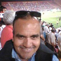 """Gustavo Pradenas prometió una """"noche diosas"""" a los jugadores Foto:Twitter"""