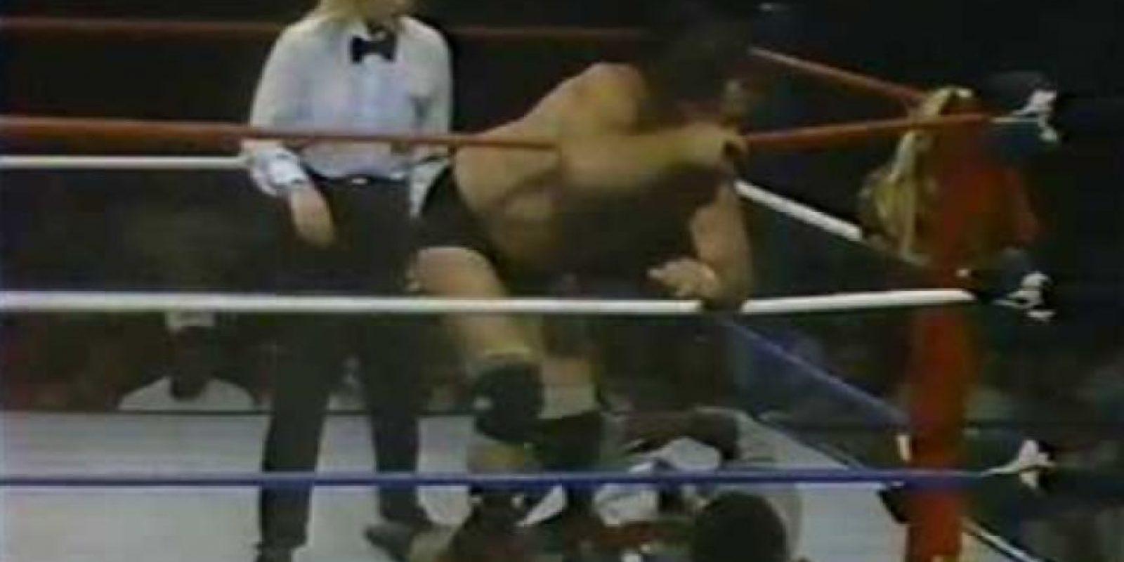 6. La referí Rita Marie acusó a Vince McMahon de hacerle una propuesta indecente en la parte trasera de su limosina, aunque el dueño de la empresa siempre negó las acusaciones Foto:Twitter