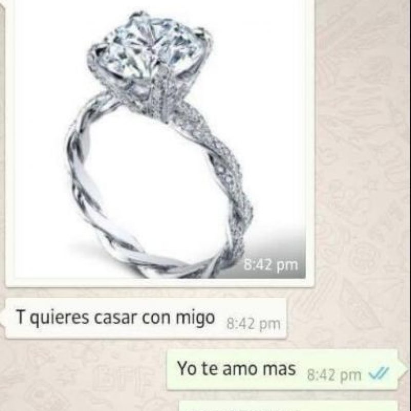 El anillo en WhatsApp porque no hay plata. Foto:La Diva de México