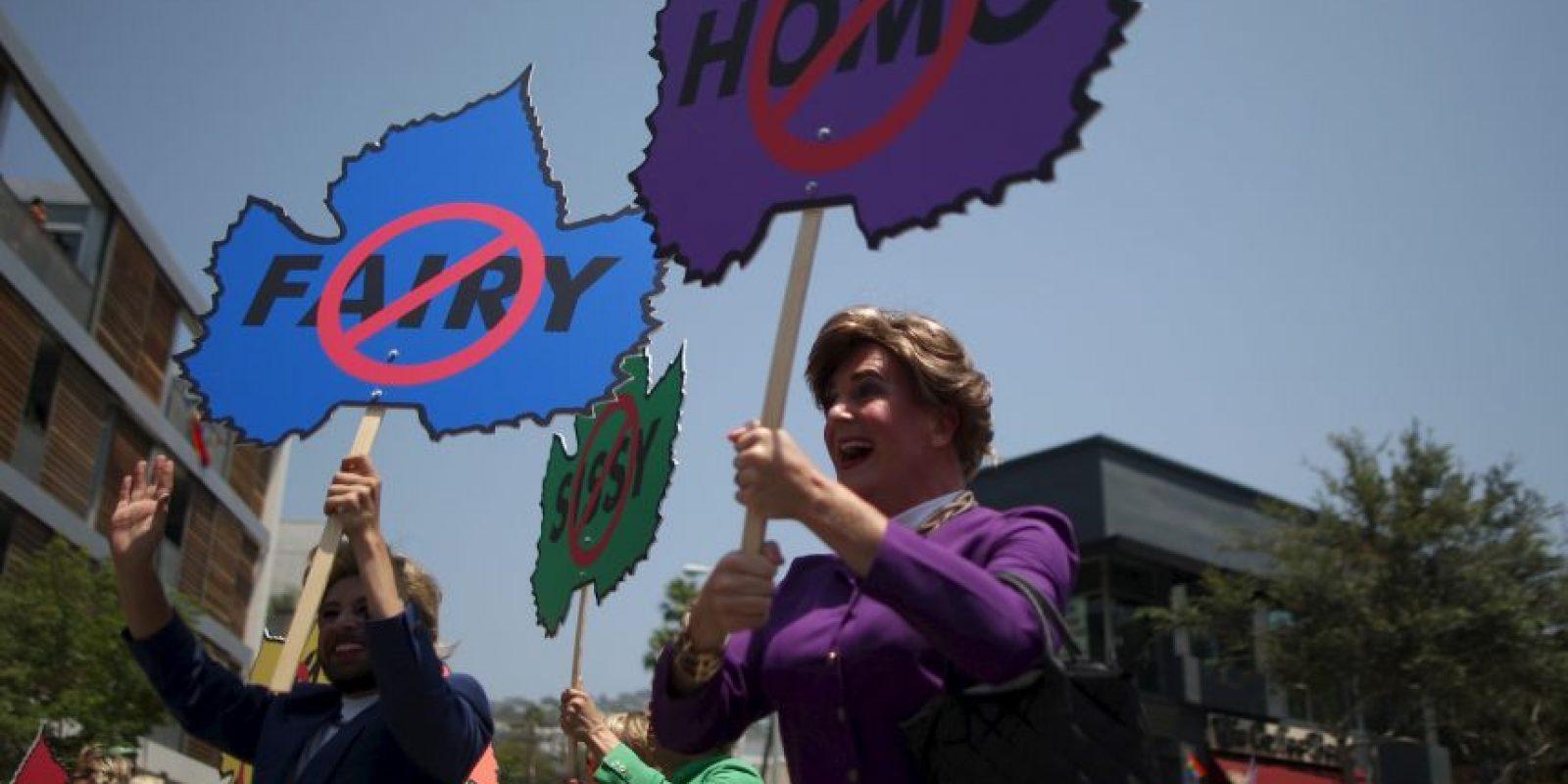 Russell dijo que los adolescentes LGBT constantemente son aconsejados por los adultos a no mostrar su orientación sexual o de género para evitar que sean dañados, pero la nueva investigación sugiere que este no resulta ser el mejor consejo. Foto:Wikimedia