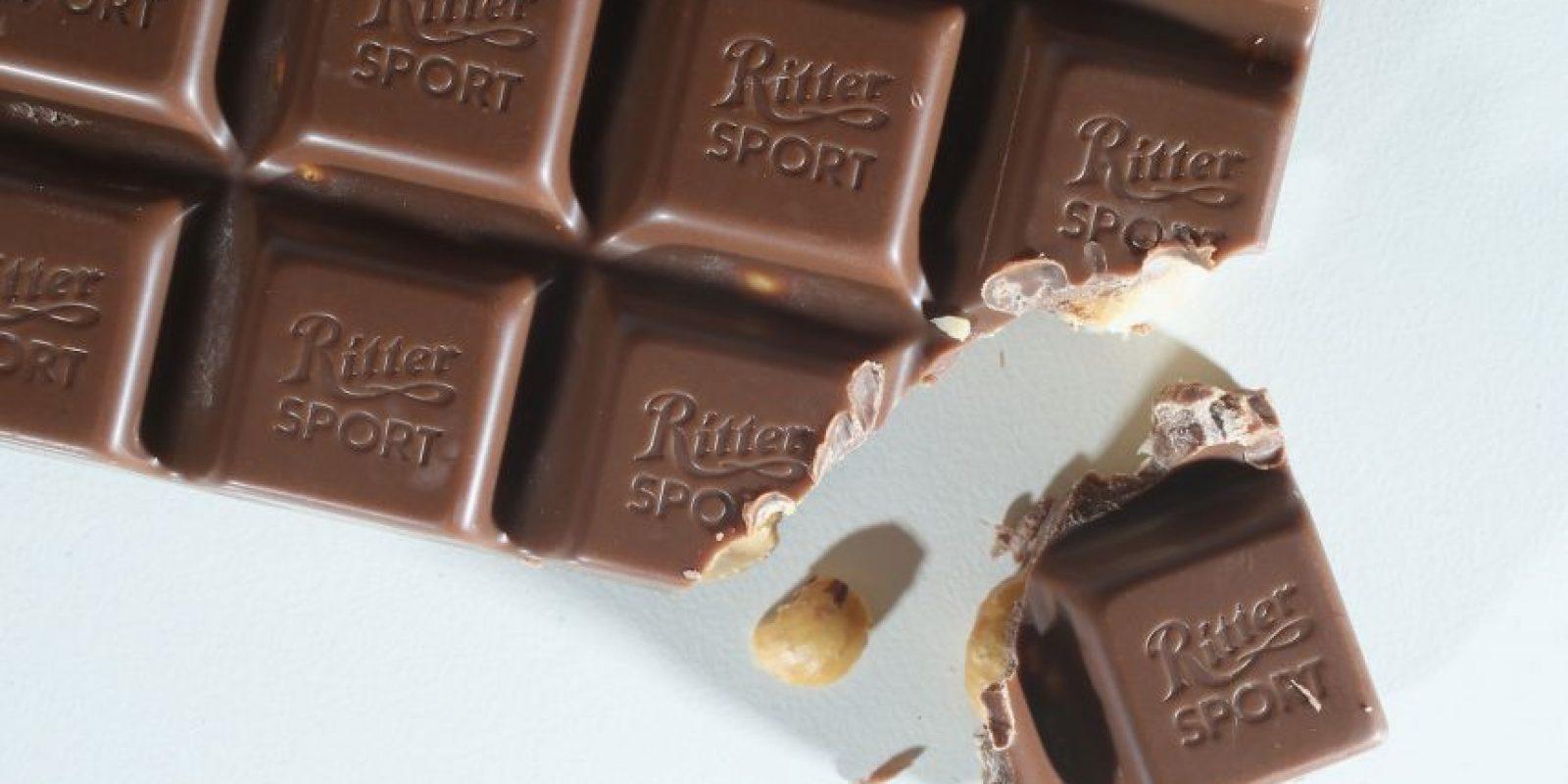 De acuerdo con un estudio publicado en la revista The Journal of Sexual Medicine, las mujeres que comen al menos un poco de chocolate negro al día experimentan mayor deseo sexual y tienen relaciones sexuales más placenteras. Foto:Gettty Images