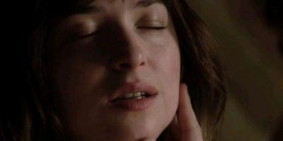 """FOTOS: 11 razones para odiar a Anastasia Steele en """"50 sombras de Grey"""""""
