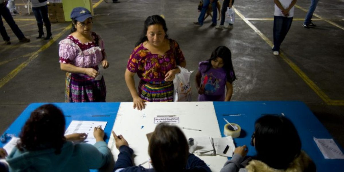El TSE pedirá 1,500 establecimientos escolares para las elecciones