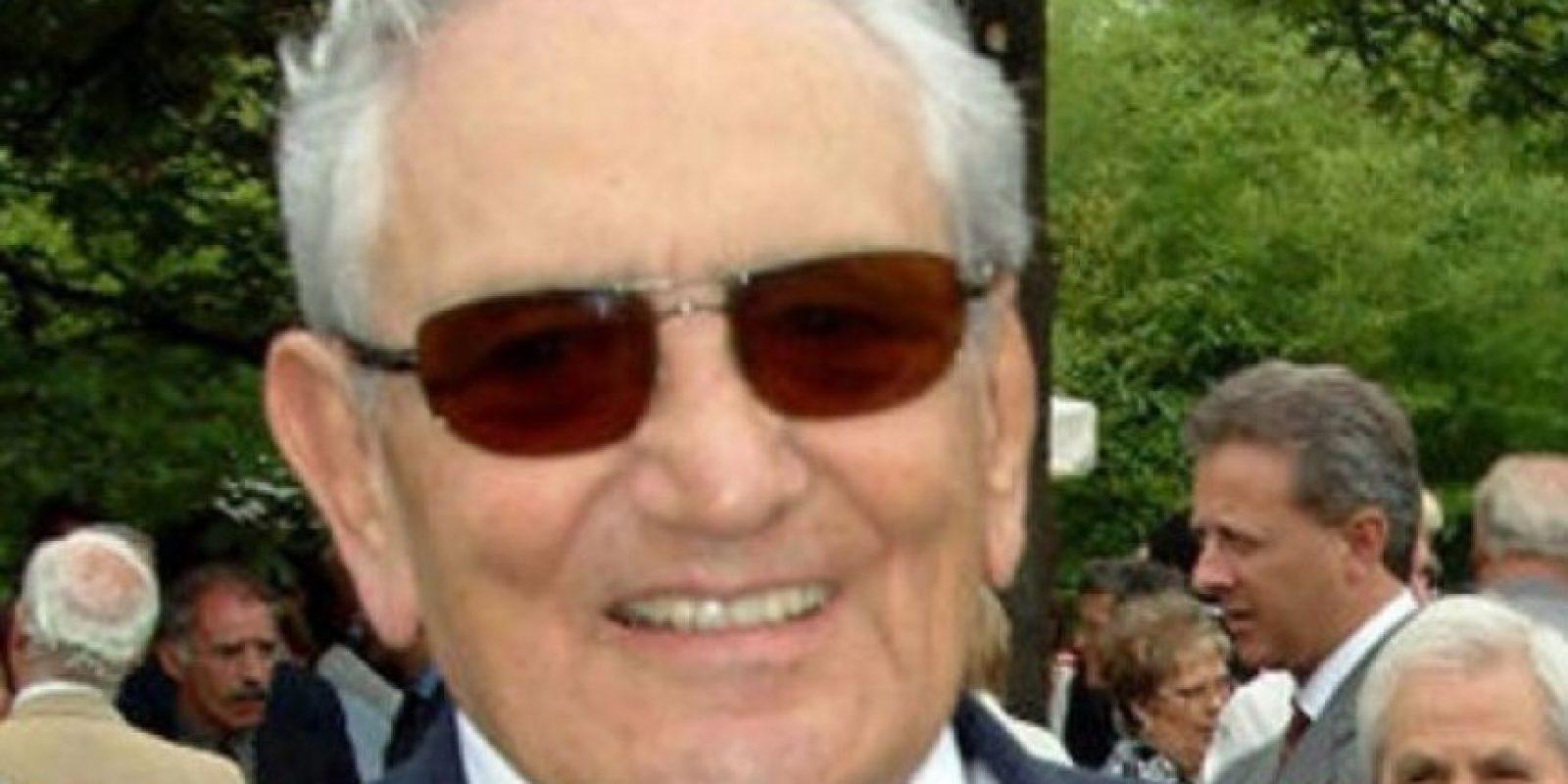 5. Michele cedió la gestión de la empresa a sus hijos Pietro y Giovanni Ferrero en 1997, pero Pietro falleció en 2011 por un paro cardíaco durante un viaje al proyecto social de Ferrero en Sudáfrica. Foto:Wikipedia