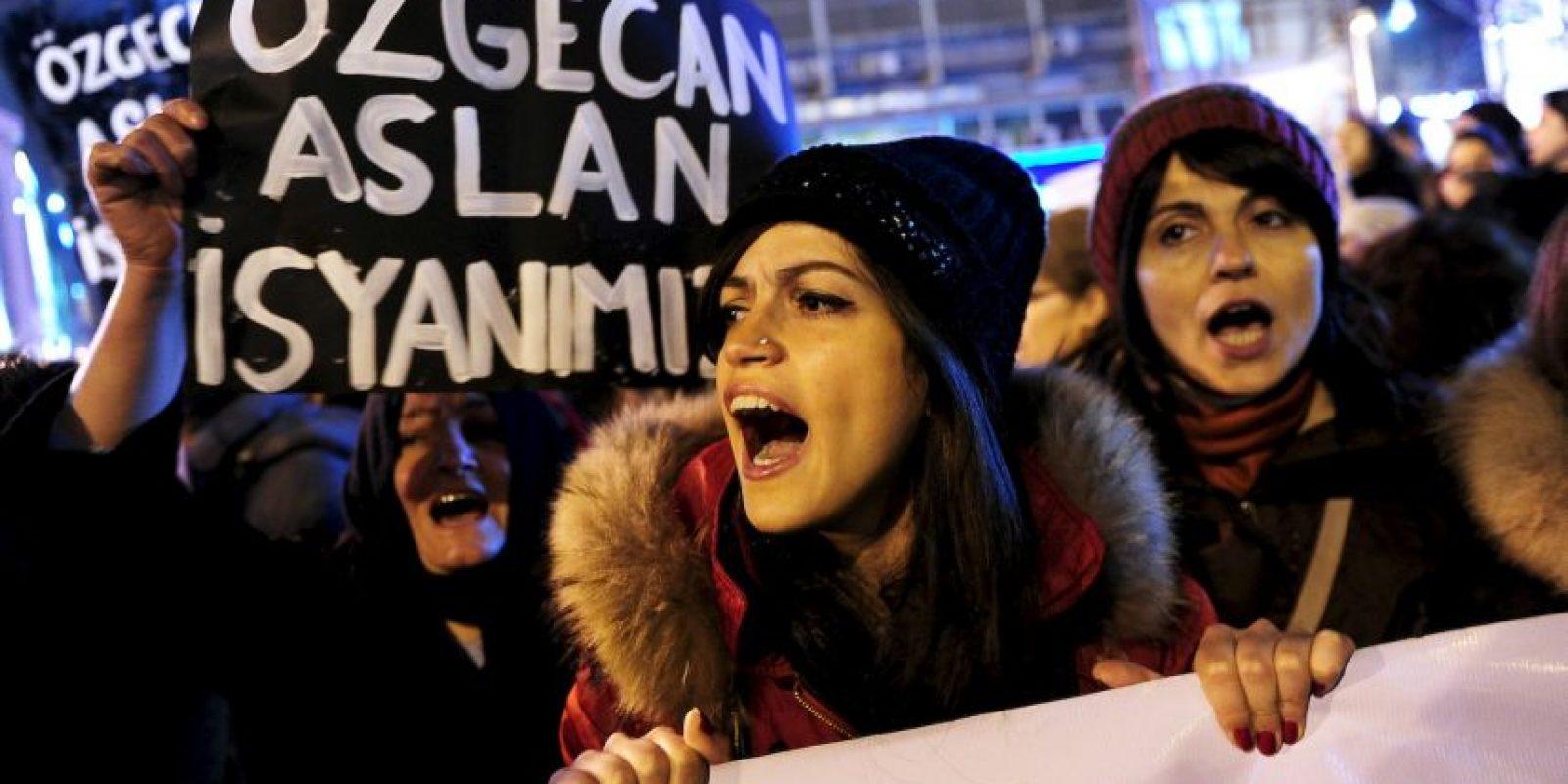 8. Las mujeres representan el 98 por ciento de las personas que son explotadas sexualmente contra su voluntad (4,5 millones de personas). Foto:AFP