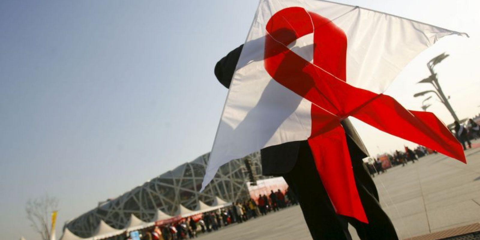 De acuerdo a ONU SIDA, 1.6 millones de personas vivían con VIH en América Latina en 2013 Foto:Getty Images