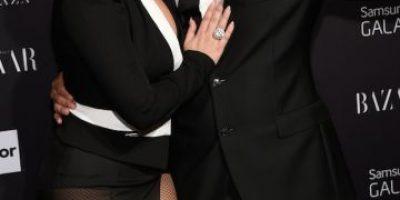 ¡Es oficial! Lady Gaga muestra su nuevo anillo de compromiso