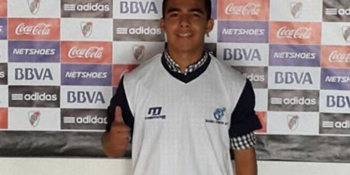 Un futbolista guatemalteco busca un espacio en el River Plate argentino