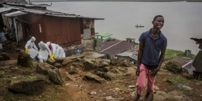 GALERÍA: Certámenes de fotografía premian las coberturas sobre el ébola