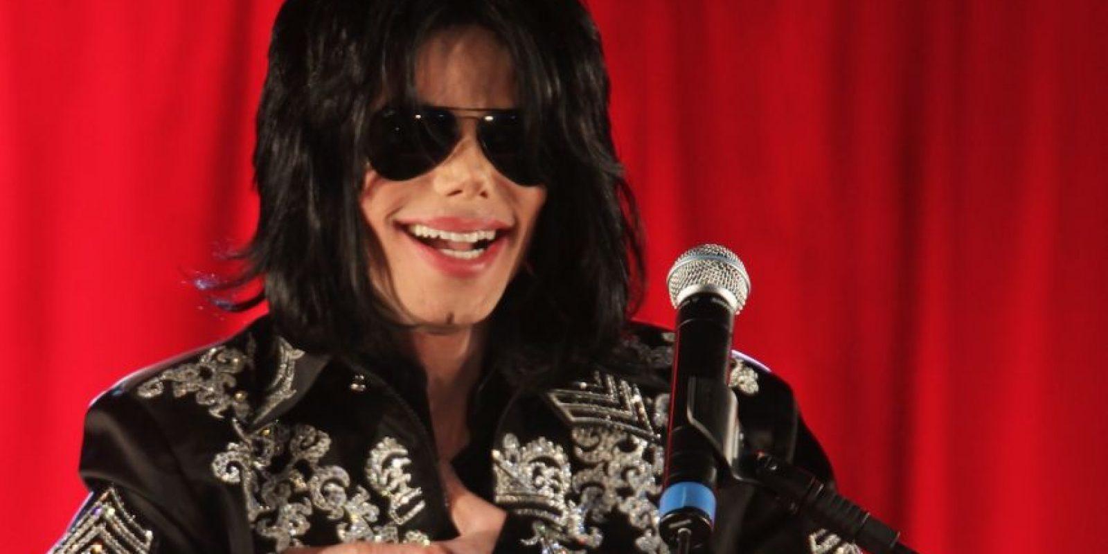 En 2009, el biógrafo no oficial de Jackson reveló que el artista era homosexual y se sentía atraído por hombres más jóvenes que él Foto:Getty Images