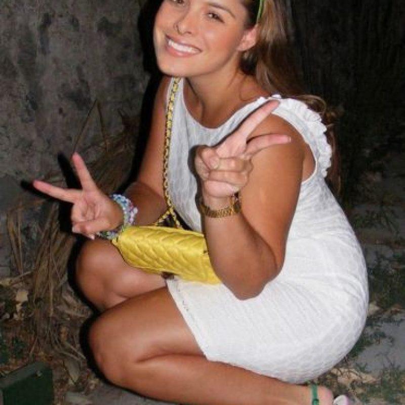 Es 17 años más joven que MJ Foto:Facebook: Yvette Prieto