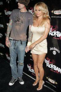 En 1995 se casó con el rockero Tommy Lee, de la banda Motley Crue. Foto:Getty Images