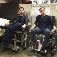 """Con las sillas original de """"X-Men"""" y """"X-Men First Class"""". Foto:instagram.com/bryanjaysinger"""
