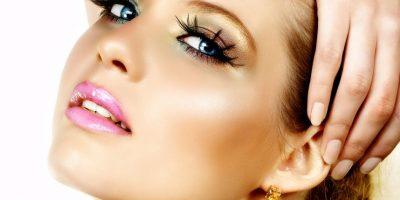 FOTOS. Los errores al maquillarte que te envejecen