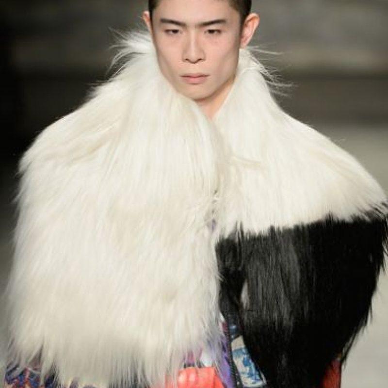 La peluca de SIA también sirve para crear propuestas Foto:Getty Images