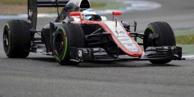 Ferrari y McLaren inician ensayos de Barcelona con sus nuevas estrellas