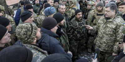 El presidente Petro Poroshenko confirmó que el ejército ucraniano se retiraba de Debáltsevo, hecho que fue considerado como una derrota Foto:AFP