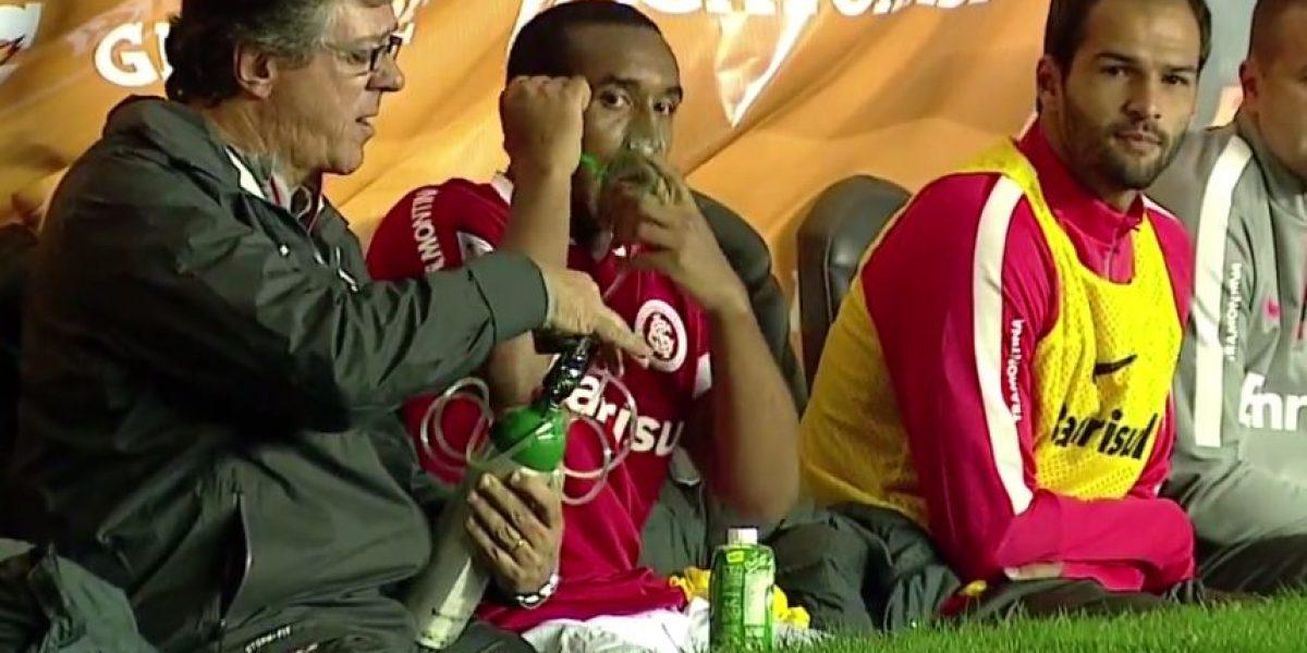 VIDEO: Exfutbolista del Manchester United necesita de tanque de oxígeno