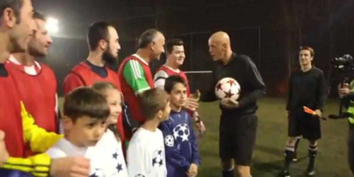 VIDEO. La Champions League llega a su barrio y los sorprende