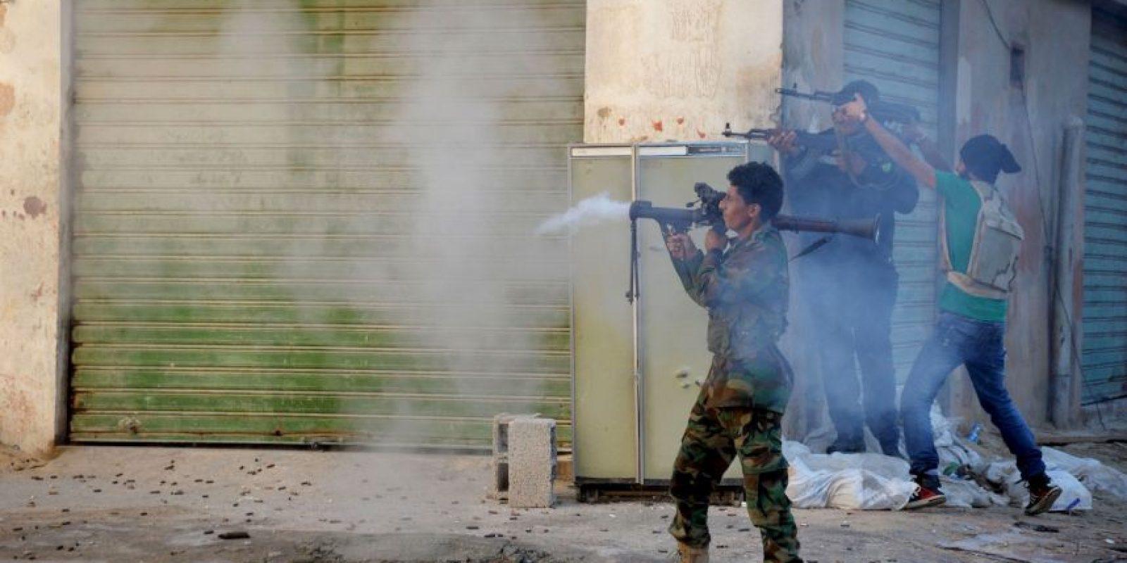 6. Ese grupo controla una tercera parte de Siria e Irak. Foto:AP
