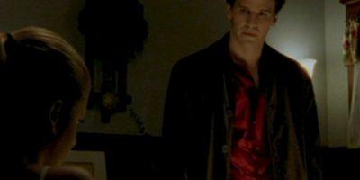 El vampiro Ángel, interpretado por David Boreanaz en la misma serie que lleva su nombre. Foto:WB