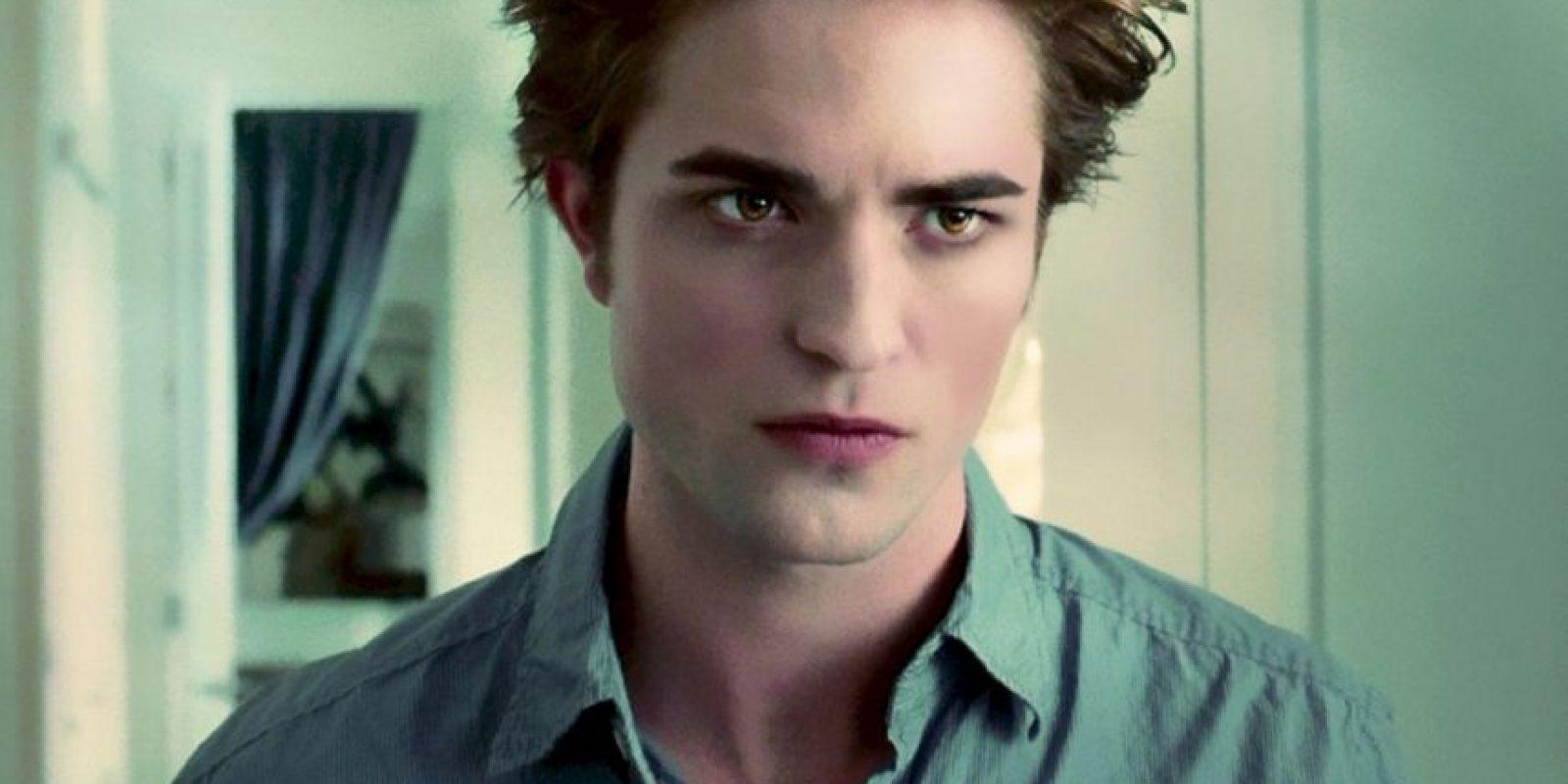 """Edward Cullen, interpretado por Robert Pattinson en """"Crepúsculo"""". Vampiro de más de un siglo, introspectivo. Foto:Universal"""