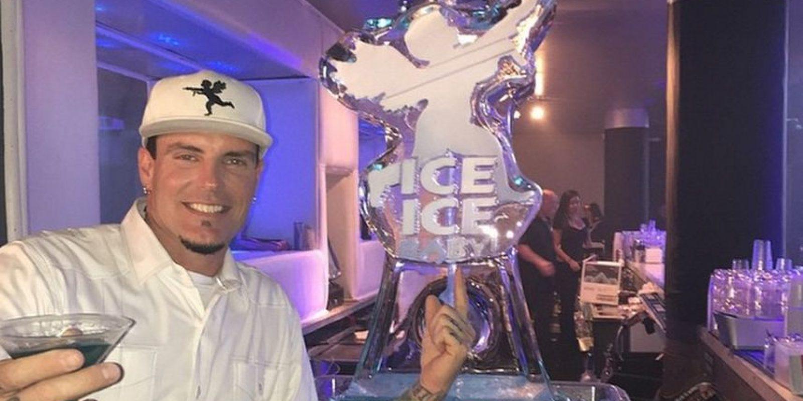 """En 1990 lanzó su álbum """"To the extreme"""" que contenía el sencillo """"Ice, Ice Baby"""" Foto:Instagram Vanilla Ice"""