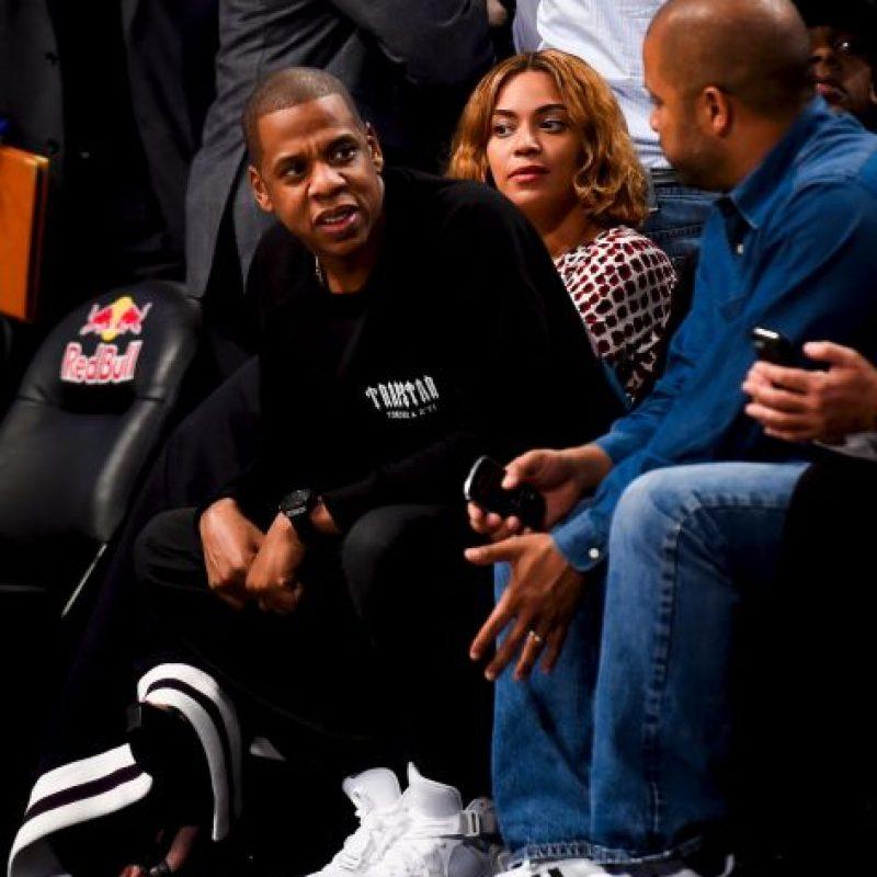 Cada vez más unida, la pareja pasó por la alfombra roja en los MTV Video Music Awards en 2004 Foto:Getty Images