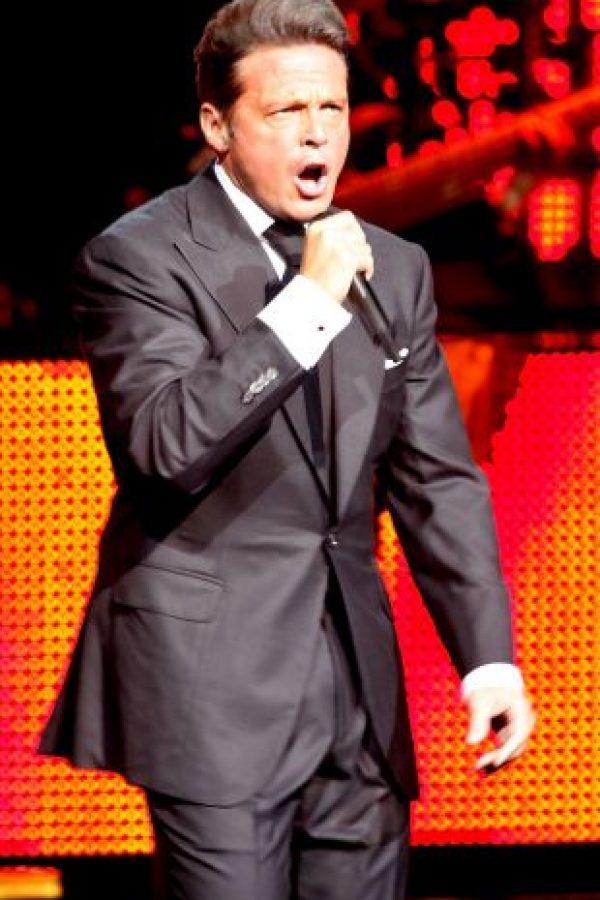Mientras que la oficina del cantante aseguró que Luis Miguel nunca llegó a Mérida Foto:Getty Images