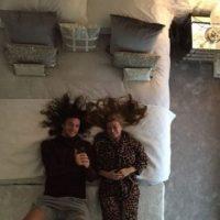 Disfrutando de su nueva cama. Foto:instagram.com/andytcarroll