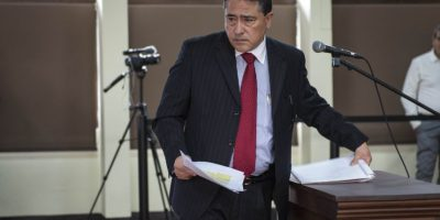 Sergio Flores Sandoval refutó el impuesto a las telefónicas. Foto:Oliver de Ros
