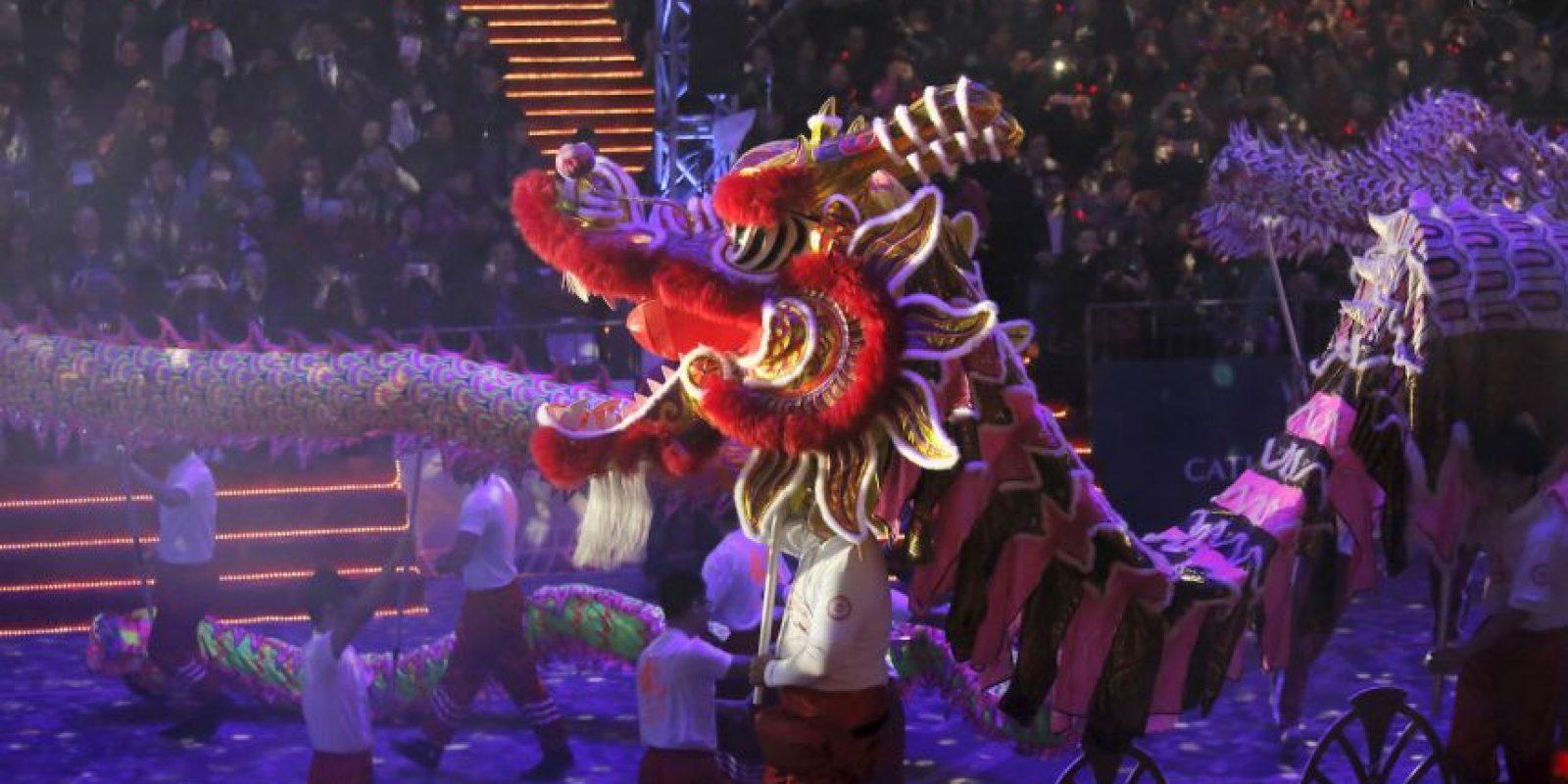 La danza del Dragón, parte esencial de las celebraciones. Foto:AP