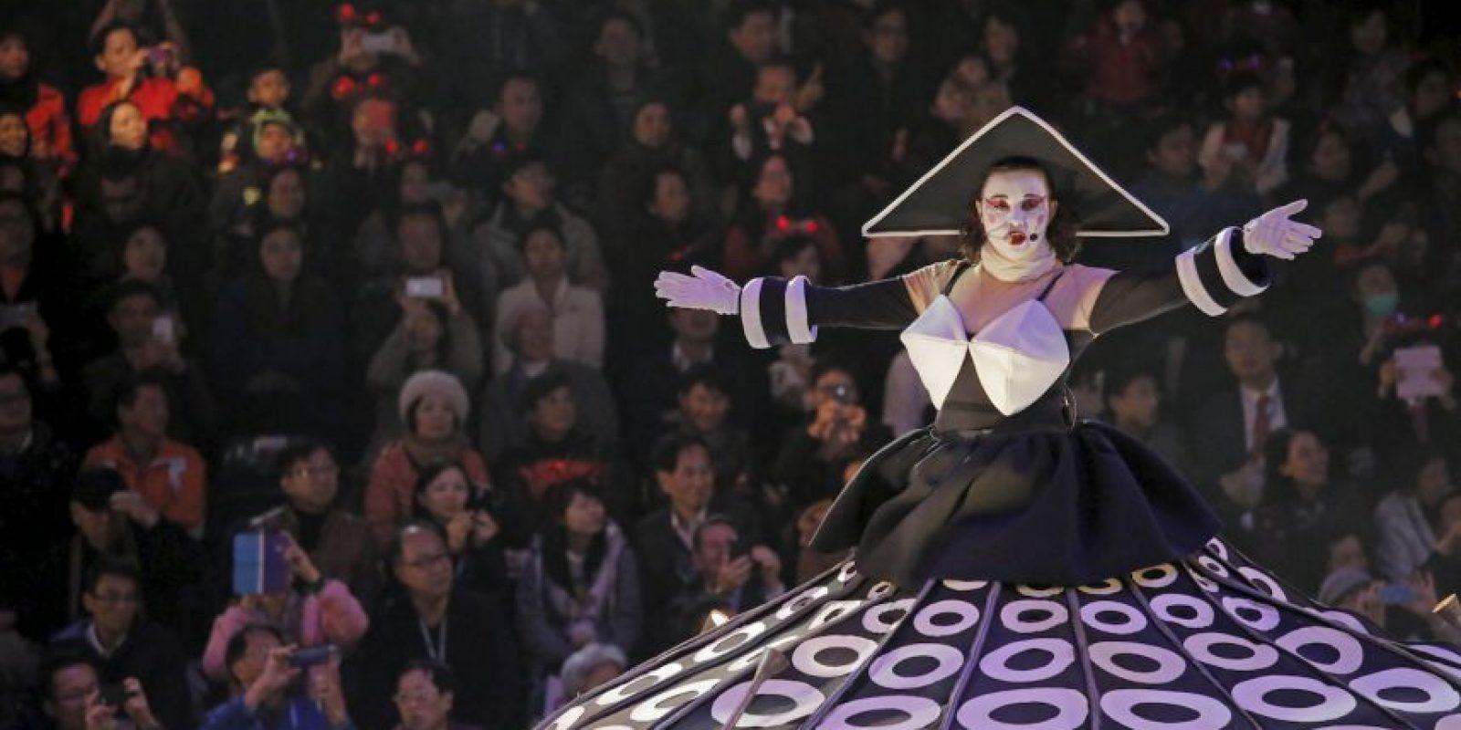 Los bailarines son una de las principales atracciones durante los festejos. Foto:AP