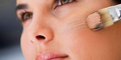 Según un estudio de Procter & Gamble, el uso de maquillaje te hace parecer más competente. Foto:Pixabay