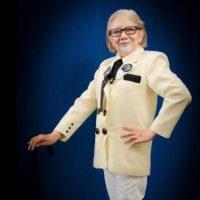Rosy personificando al coronel de KFC Foto:Rosy Durán/Facebook