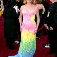 Faith Hill hizo un vestido con todos los Teletubbies que encontró. Foto:Getty Images