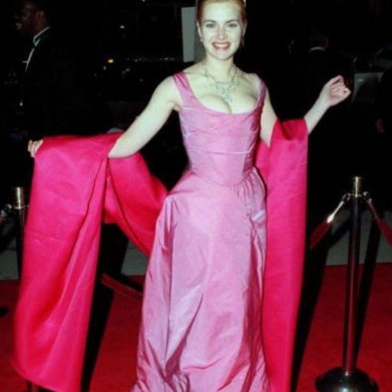 """Kate Winslet salió de algún jardín de Willy Wonka y se fue a su """"fiesta de graduación"""". Foto:Getty Images"""