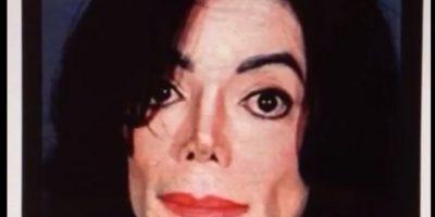 De Kim Kardashian a Axl Rose: Ella se convierte en distintos famosos en Vine