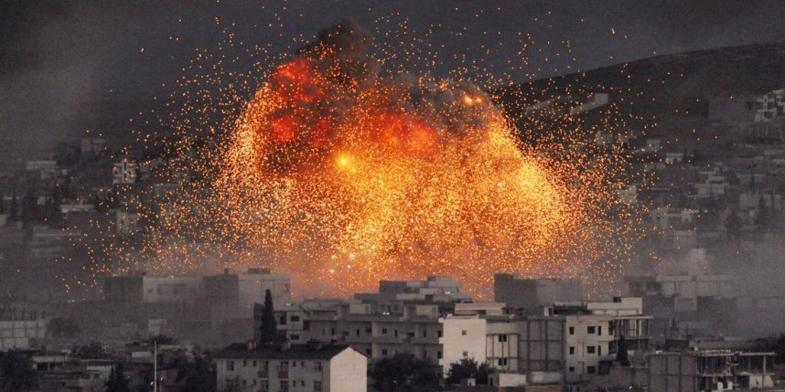 2014: Obama ordena bombardeos en Irak y Siria para combatir a Estado Islámico Foto:Getty Images