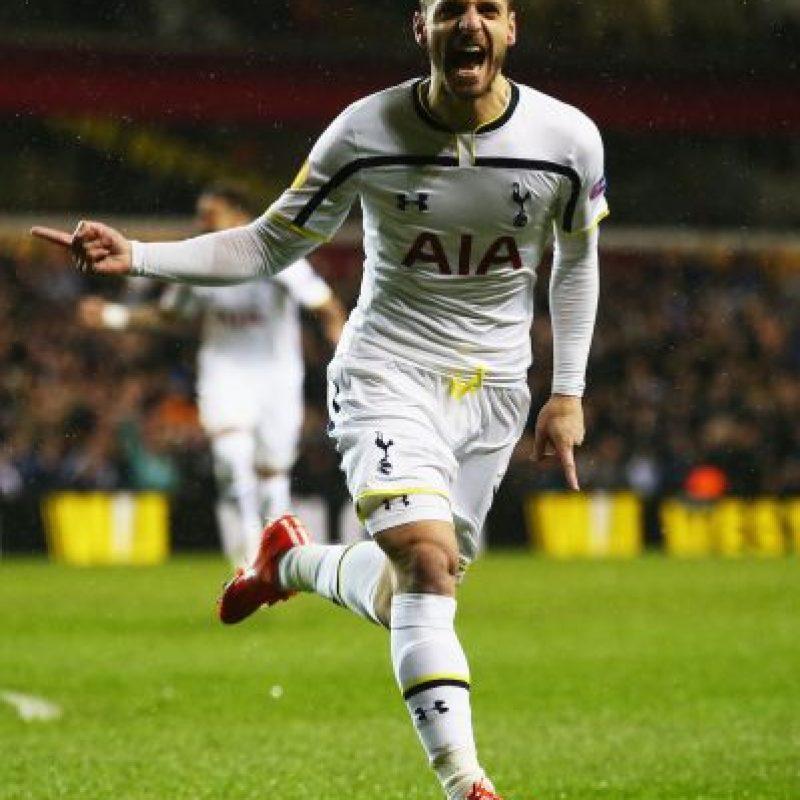 Un aficionado no creyó que Roberto Soldado hiciera gol en la Europa League. Foto:Getty Images