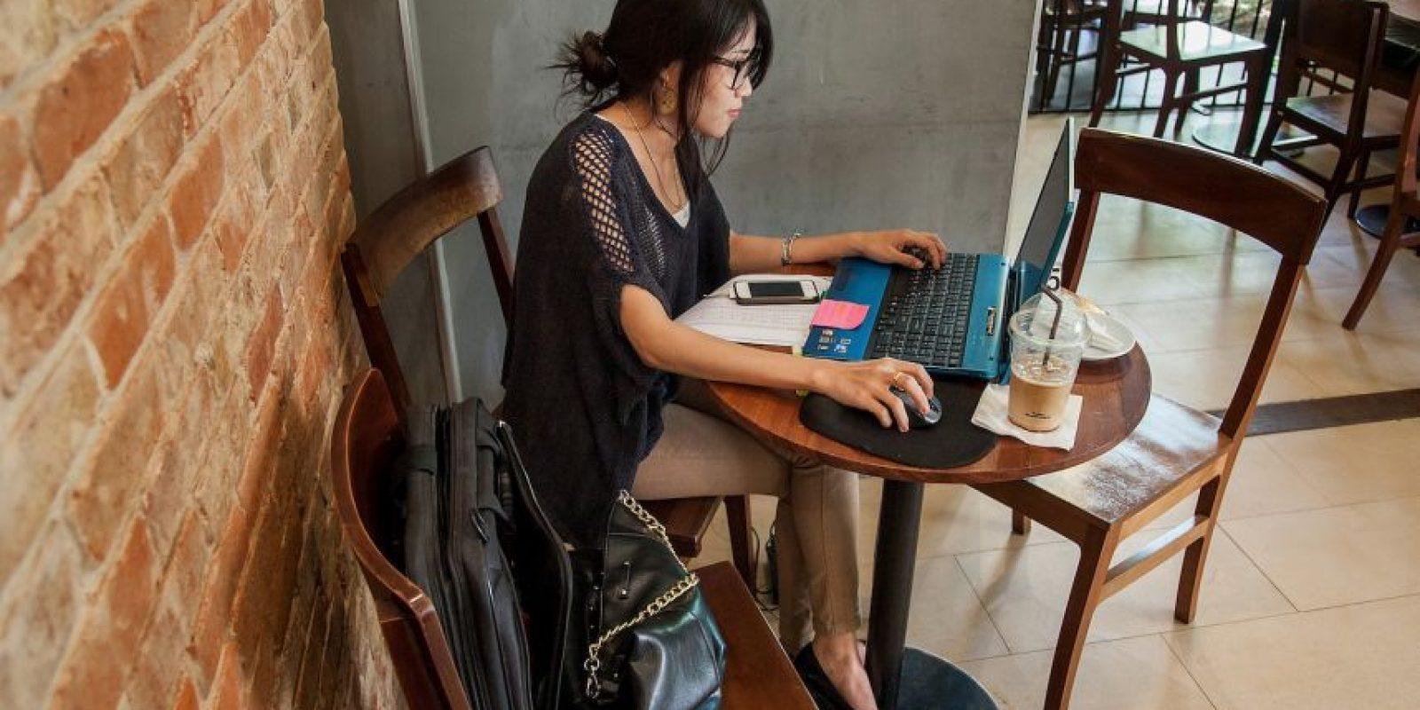 """""""Este síndrome afecta a tres de cada cuatro trabajadores usuarios de computadoras e incide en su calidad de vida"""". Foto:Getty Images"""