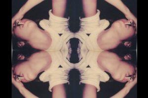 Esta es una de las piezas que expusó la hija de Demi Moore Foto:Twitter/@Impossible_HQ