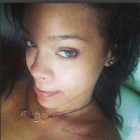 11.- Porque no teme mostrar su rostro libre de maquillaje Foto:Instagram/badgalriri