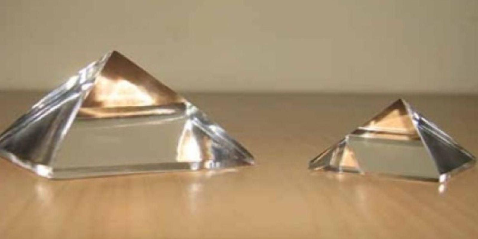 Para ayudarte te sugiero una pirámide; del material y tamaño que te acomode, y la puedes llevar contigo o tener en tu escritorio u hogar. Foto:Wikimedia