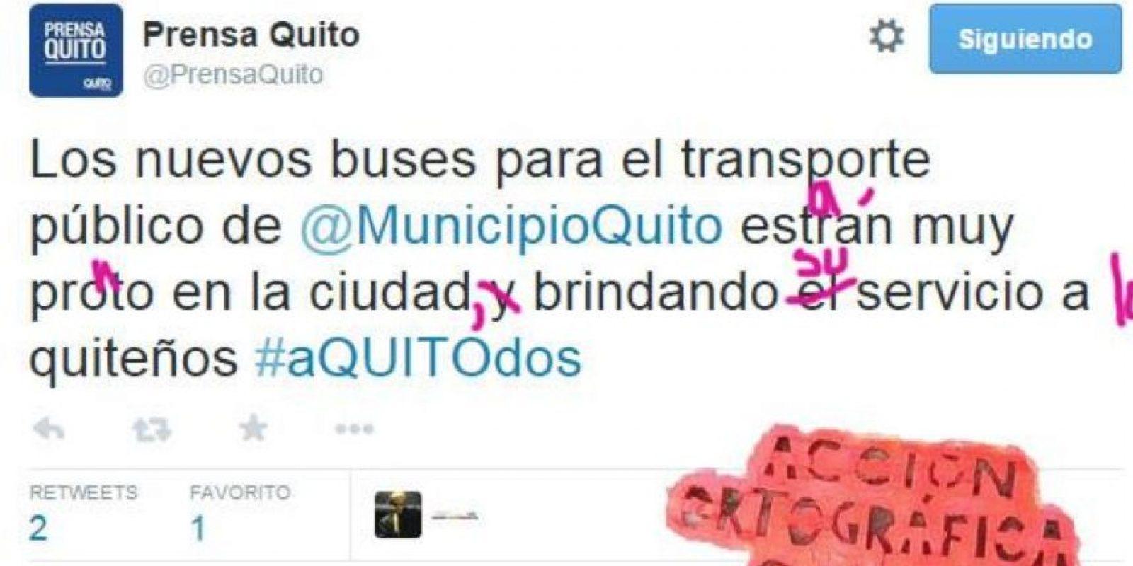 Sus precursores de Ecuador incluso corrigen a medios. Foto:Acción Ortográfica/Quito/Facebook